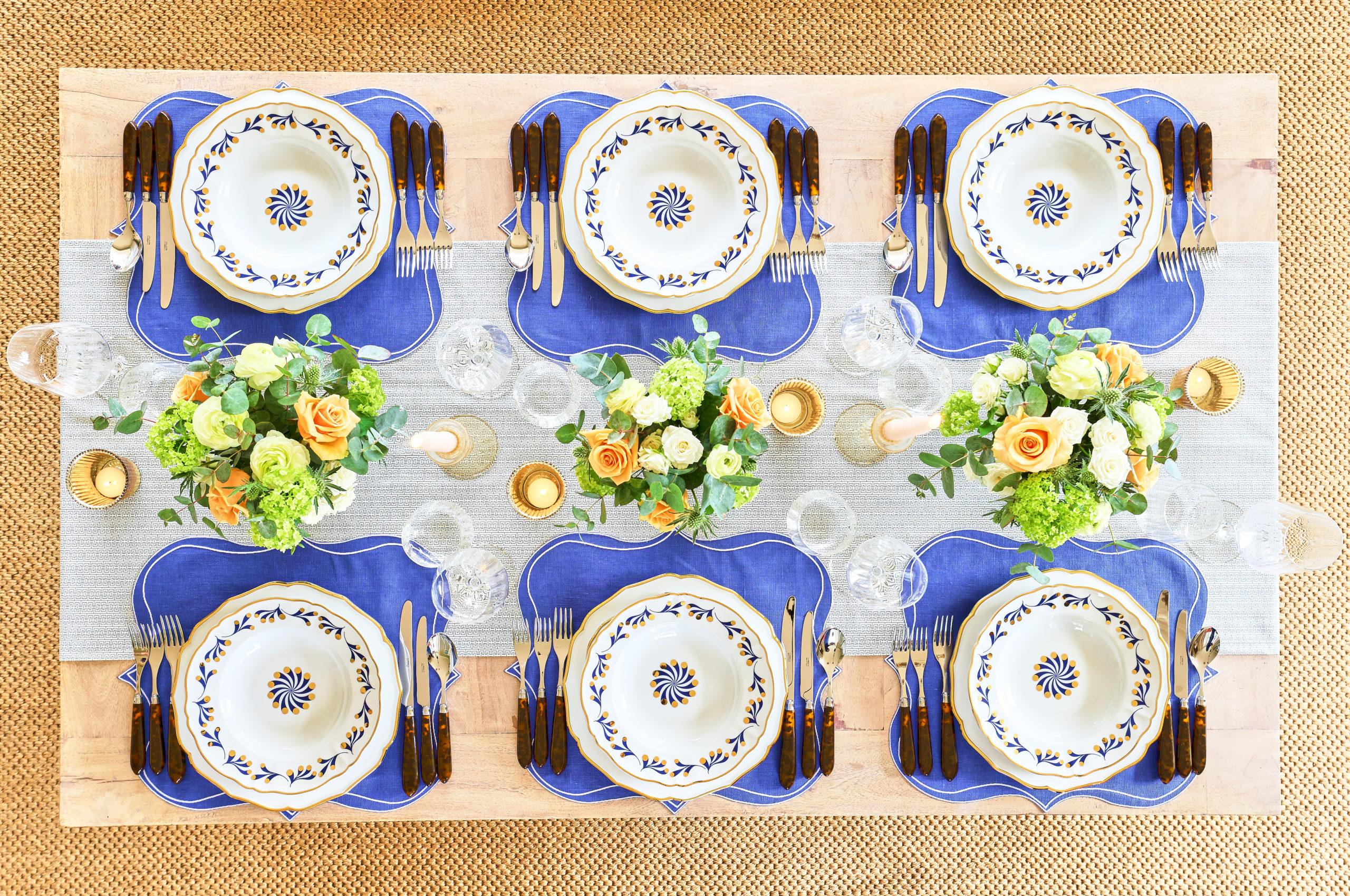True Blue - SET Table